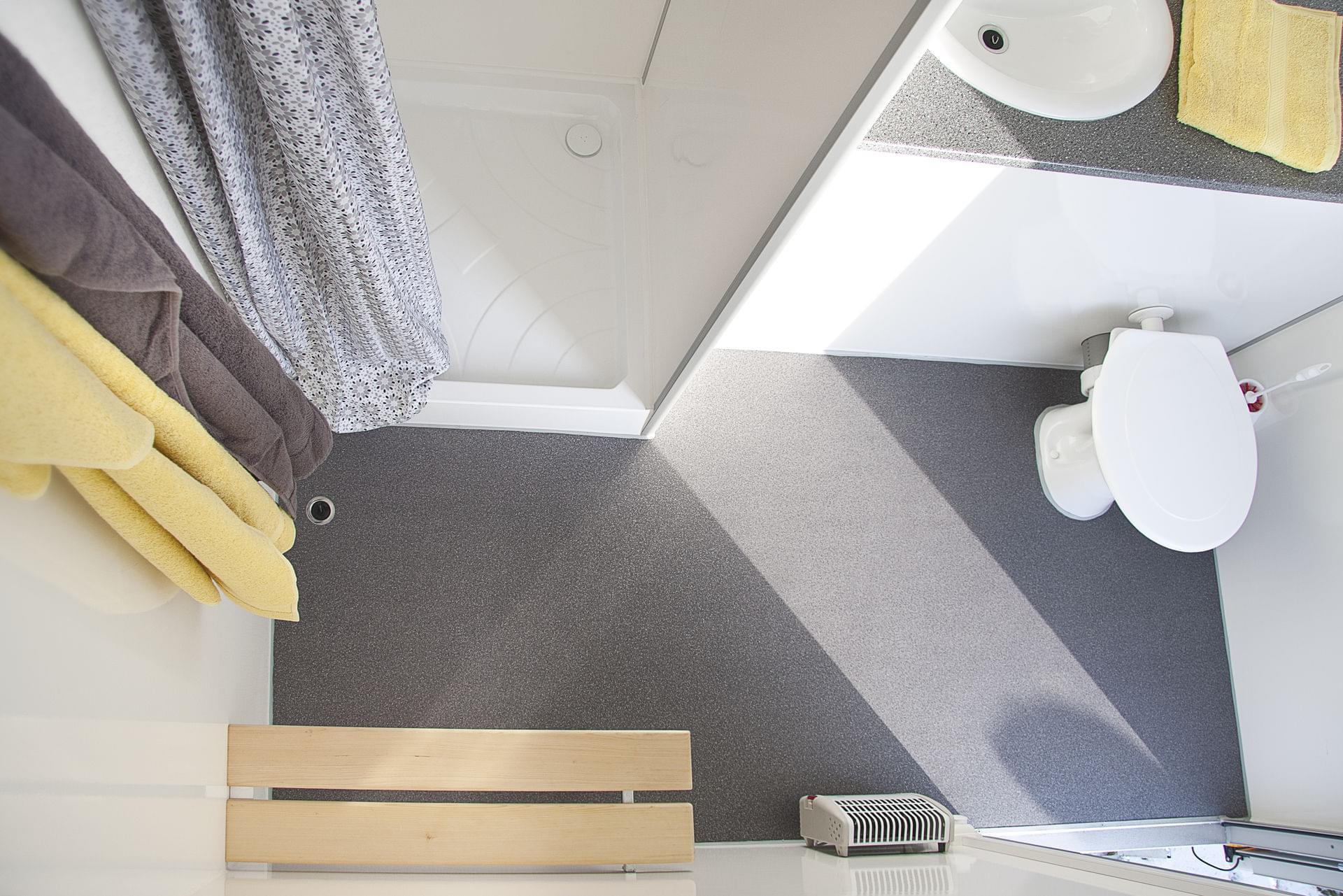 Privacy én comfort | Mobiele badkamer